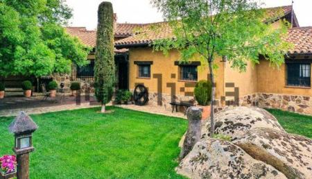 Casa-Pablo-Iglesias-Irene-Montero_ECDIMA20180517_0017_21.jpg